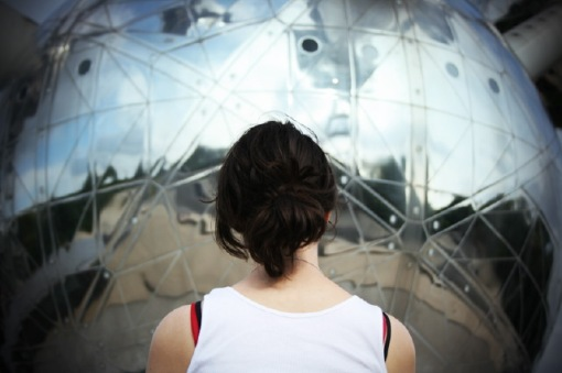 Reflecting at the Atomium